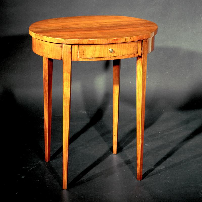 tabletttisch tablett tisch beistelltisch italien. Black Bedroom Furniture Sets. Home Design Ideas